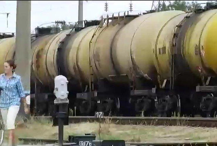 Украину ожидает топливный коллапс из-за нерастаможенного бензина