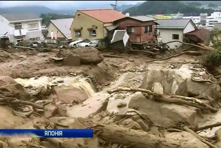 Зсув ґрунту в Японії забрав життя 27 людей
