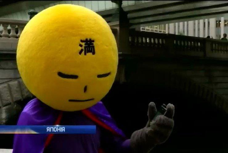 У Токіо з'явився справжній супергерой, який бореться із сміттям