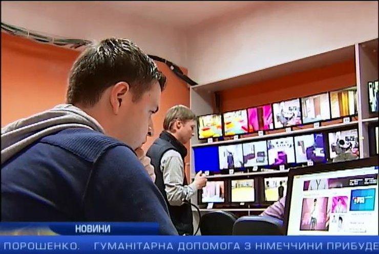 Молдова оштрафувала телеканали за брехню про Україну: випуск 22:00