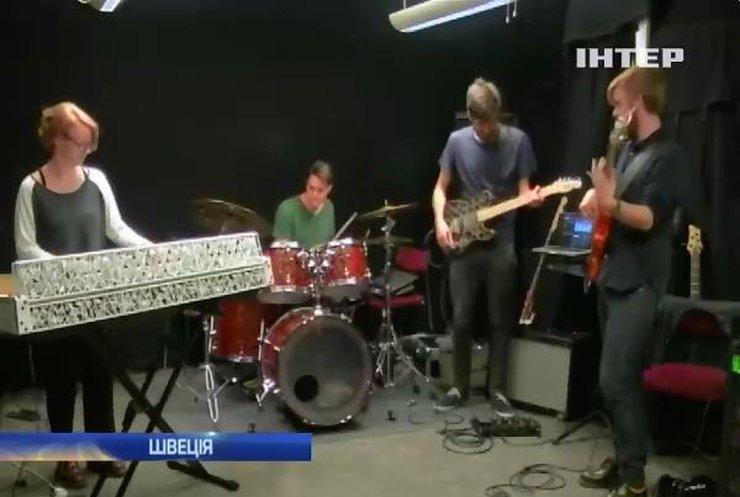 Музиканти зі Швеції грають на роздрукованих 3D-принтером інструментах (відео)