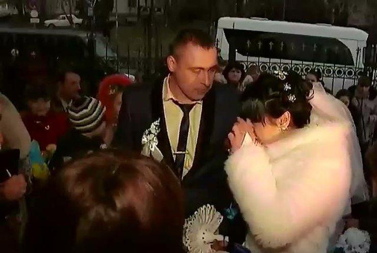 8 месяцев переписки закончились для бойца АТО свадьбой