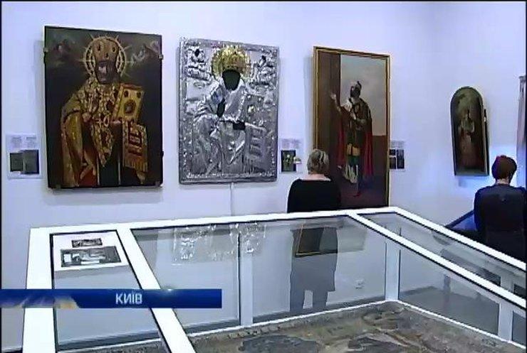У Києві представили відновлені ікони Києво-Печерської Лаври