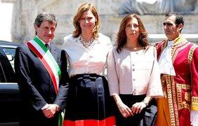 Сара Браун с мером Рима и его супругой