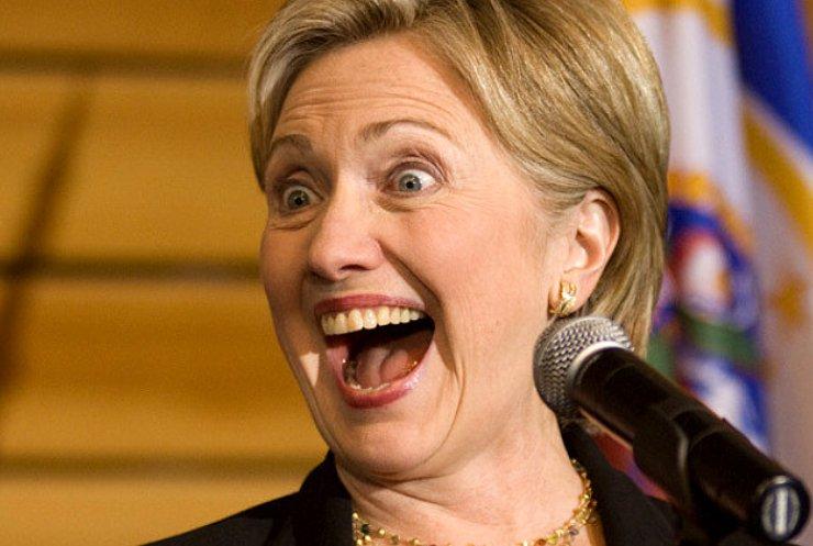 Хиллари Клинтон бьет и царапает мужа до крови