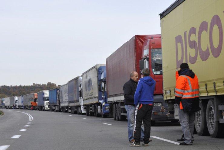 Литва запровадила платні дороги для вантажівок Росії
