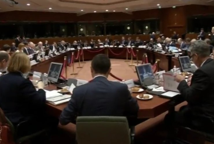 Порошенко у Бельгії відвідає саміт країн ЄС