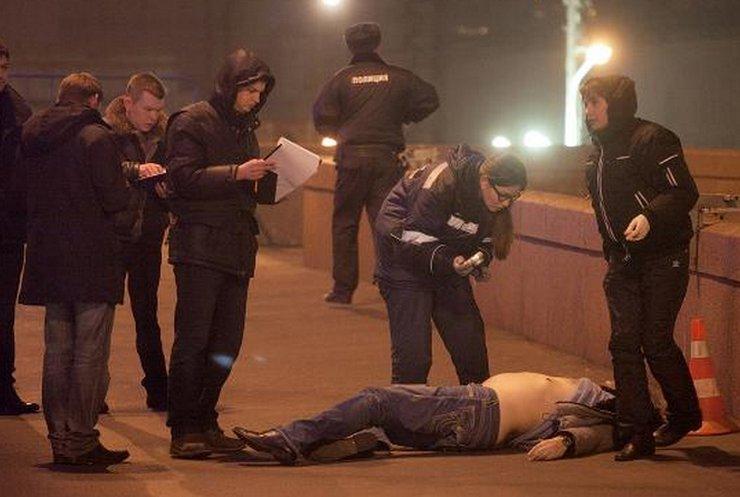 """До розстрілу Борис Нємцов готував доповідь """"Путін і війна"""": репортаж з Москви"""