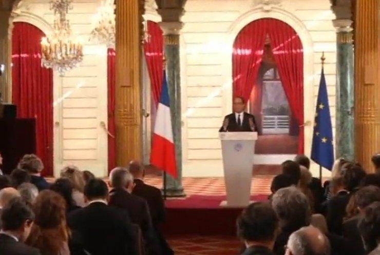 Олланд пропонує надати широку автономію Донбасу