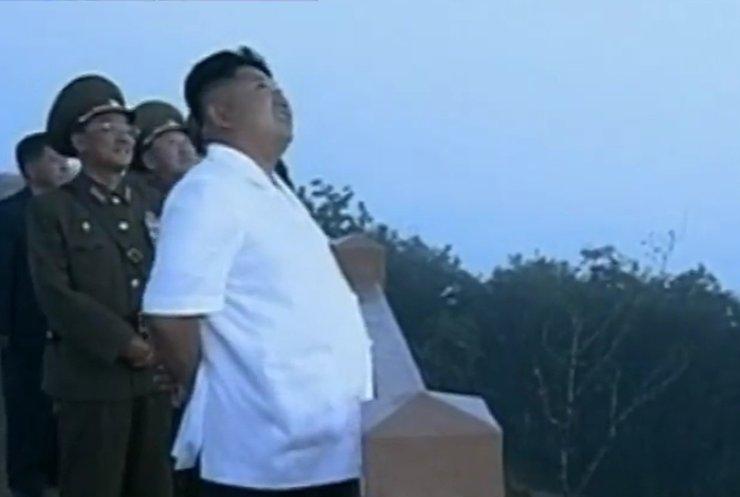 """КНДР на """"репетиції вторгнення"""" запустила 7 ракет у море"""