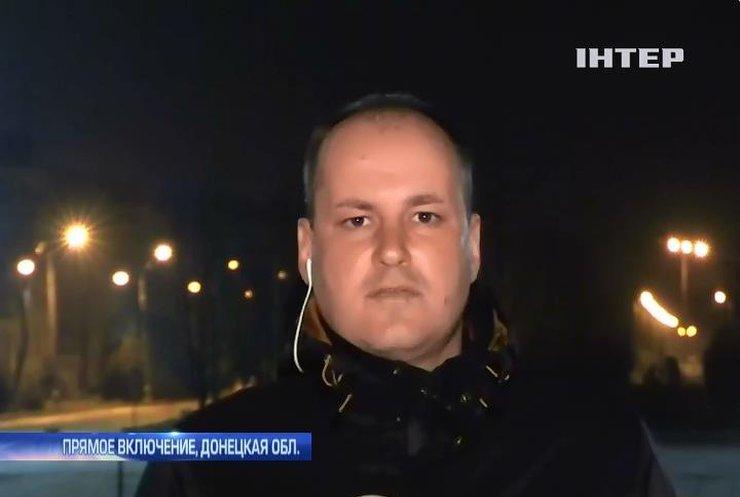 Журналистов на Донбассе обязали согласовывать маршруты с военными