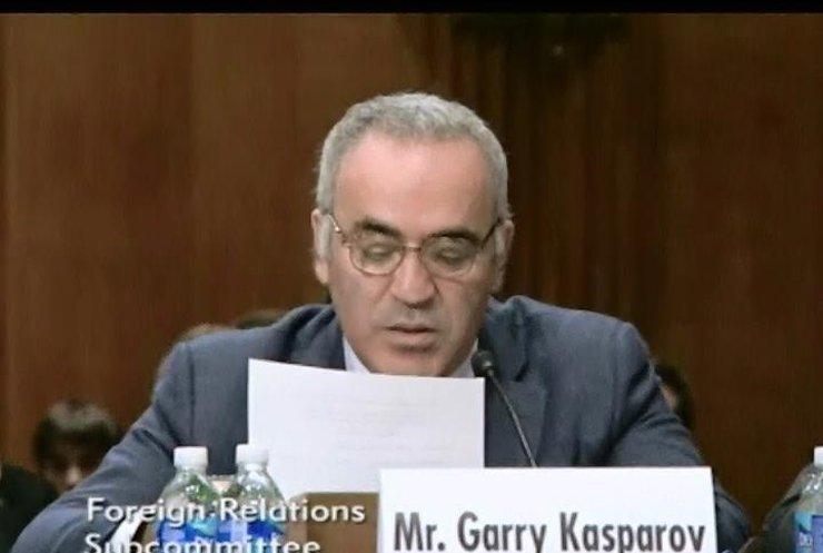 Гаррі Каспаров закликав вирізати Путіна як пухлину