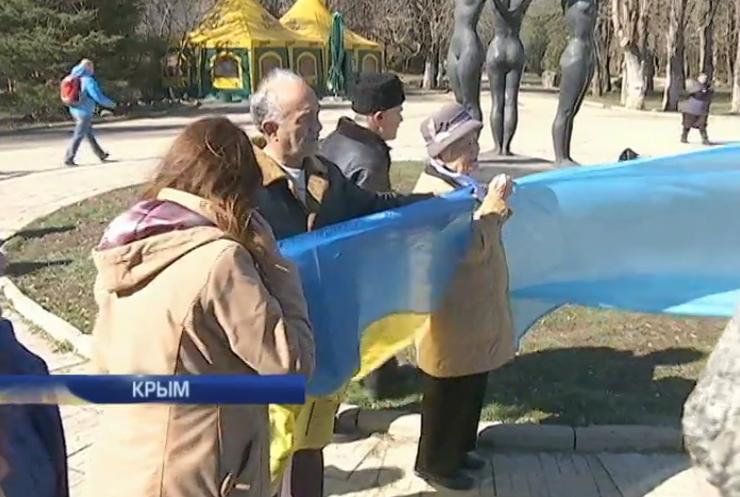 В Крыму арестовали активистов митинга памяти Шевченко