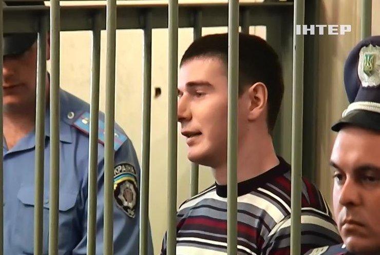 Екс-беркутівців Аброськіна та Зінченко залишили в СІЗО на 2 місяці
