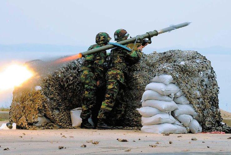 В Широкино готовят самонаводящиеся ракеты для самолетов (видео)