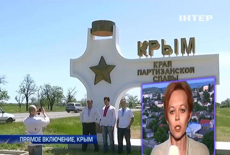 """Журналистов """"Интера"""" в Крыму 5 часов продержали в полиции (видео)"""
