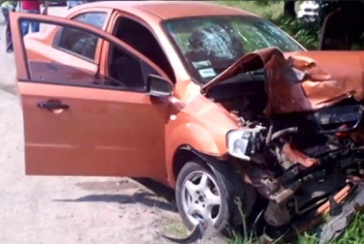 На Хмельниччині у жахливій аварії постраждало двоє дітей