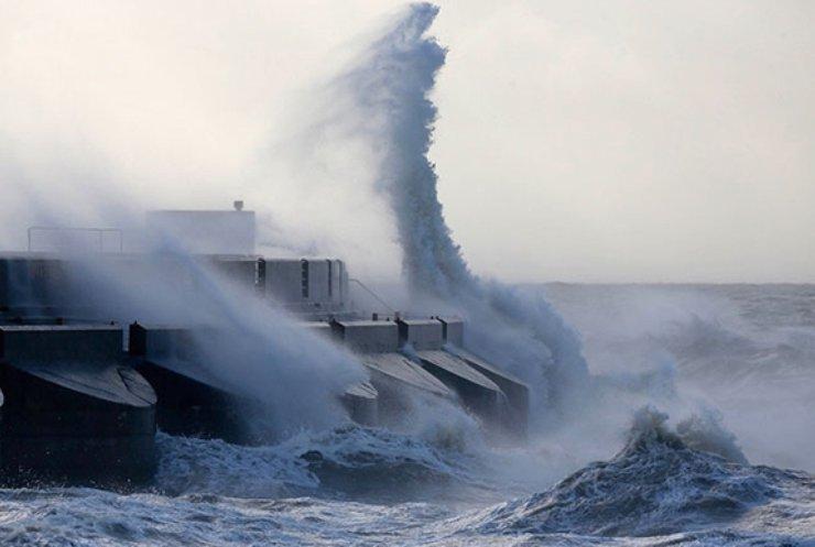 Тайфун Чан-Хом на Тайвані вбиває людей
