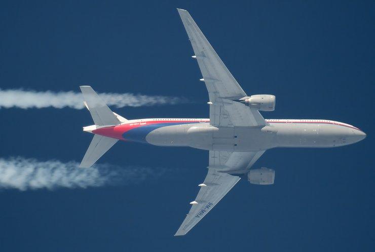 Як збивали Боїнг-777: трагедію в ДНР і Росії перетворили на фарс (відео)