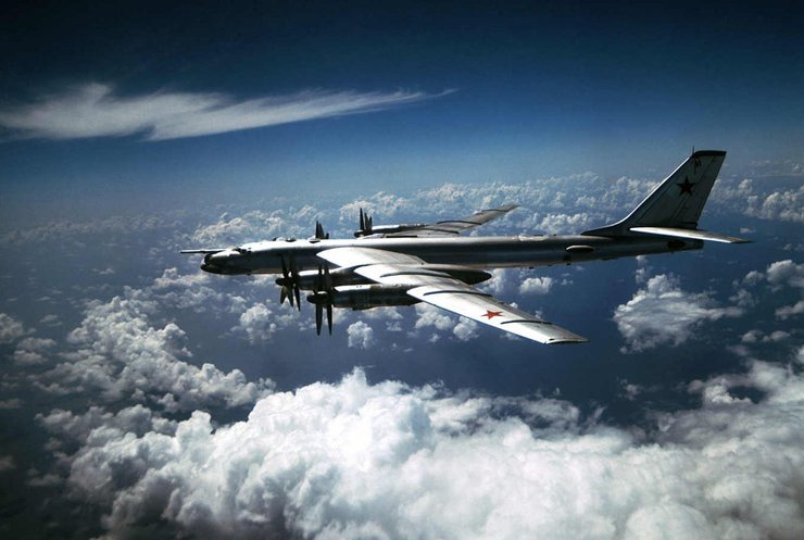 НАТО перехоплювало 250 разів літаки Росії за півроку