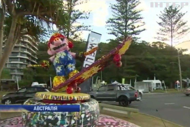 В Австралії захоплюються скульптурами із сміття та відходів (відео)