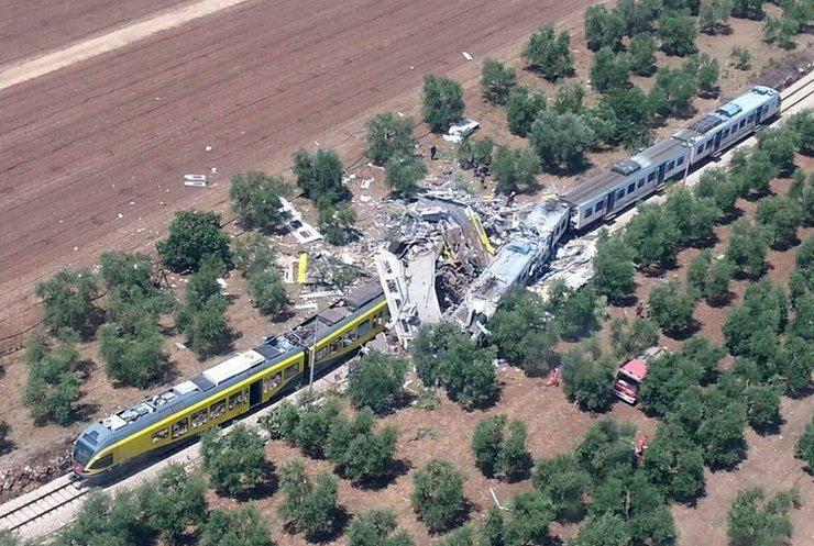 Смертельная катастрофа в Италии: люди молили о помощи (видео)