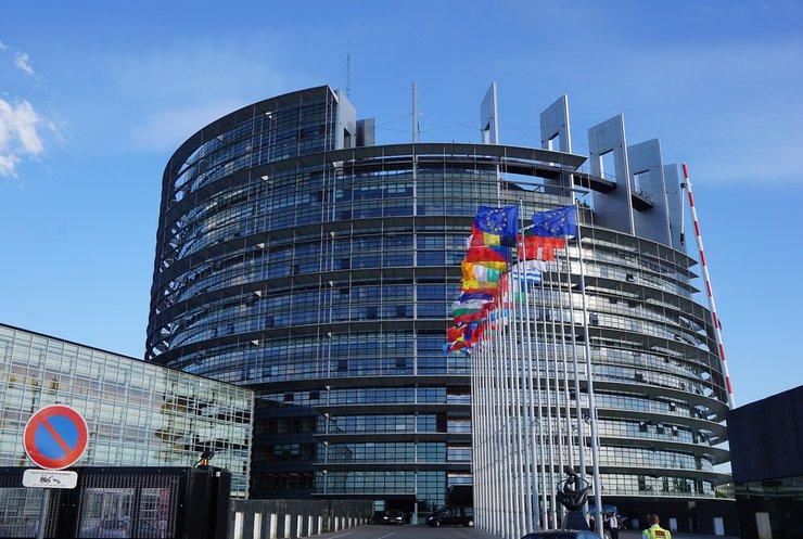 Евросоюз готов отменить визы для украинцев за 20 дней