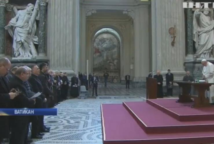 Папа Римский готов разрешить священникам жениться