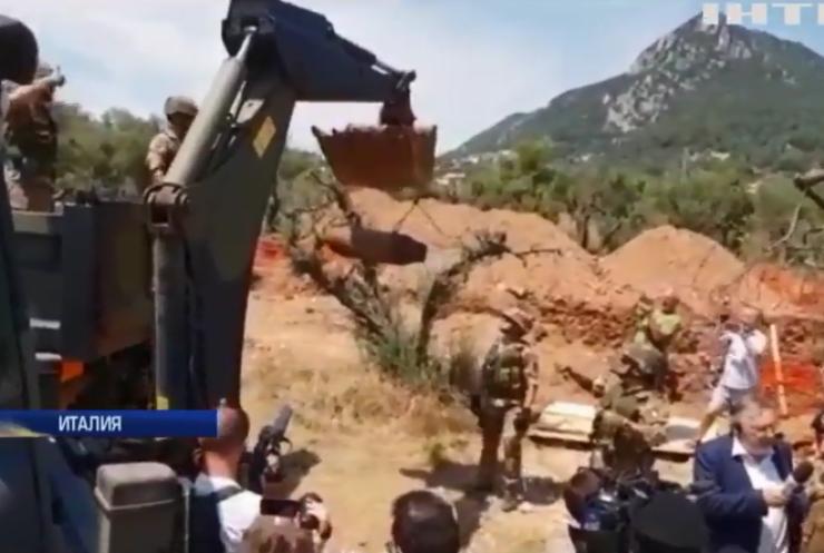 В Италии из-за бомбы эвакуировали 11 тыс. человек (видео)