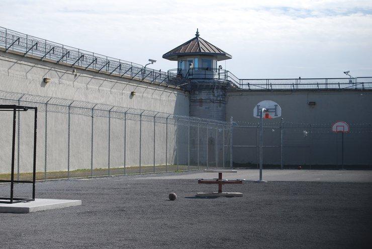 У Демократичній Республіці Конго з в'язниць утекли сотні арештантів