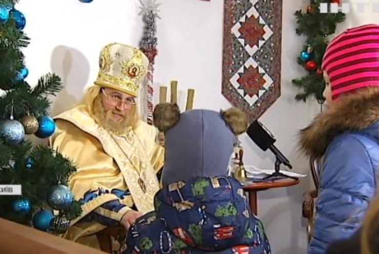 У Києво-Печерській Лаврі святий Миколай приймає гостей