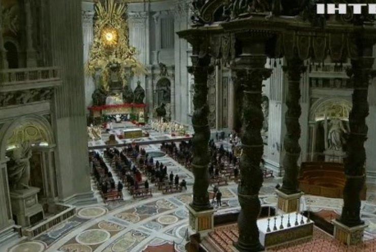 У Ватикані папа Римський Франциск відслужив урочисту месу