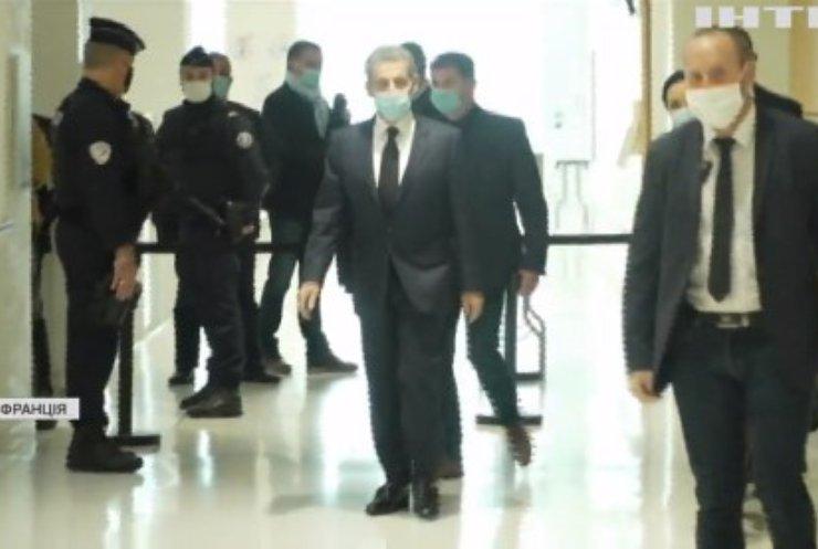 У Франції пройшло судове засідання над експрезидентом Ніколя Саркозі