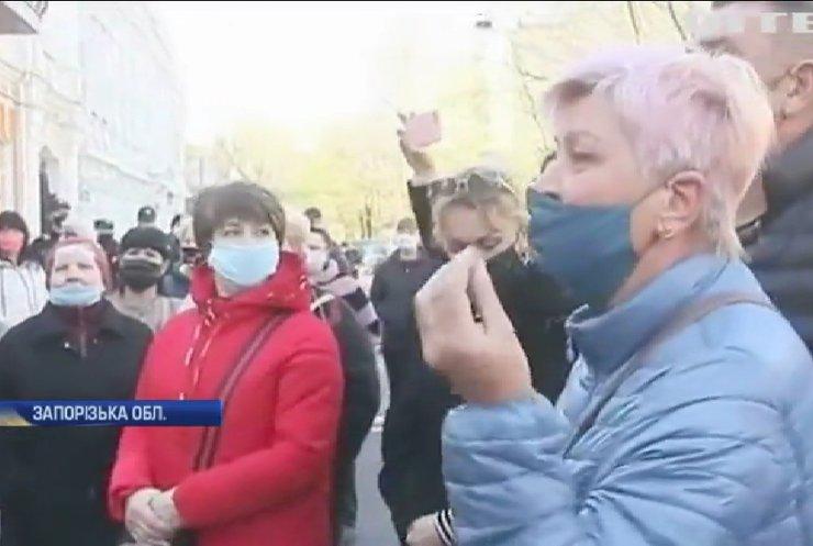 Епідемія безробіття: Центри зайнятості не встигають обробляти звернення українців
