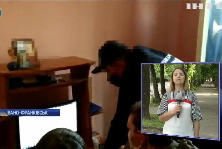 Гроза кіберпростору: в Україні затримали всесвітньо відомого хакера
