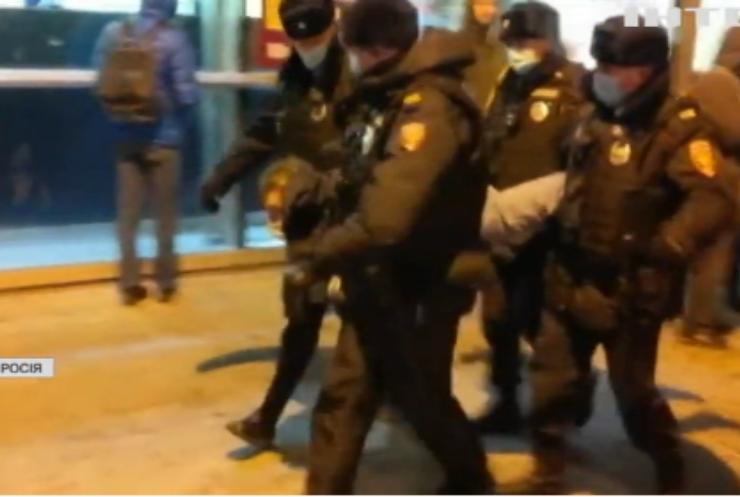 У Москві затримали опозиціонера Олексія Навального