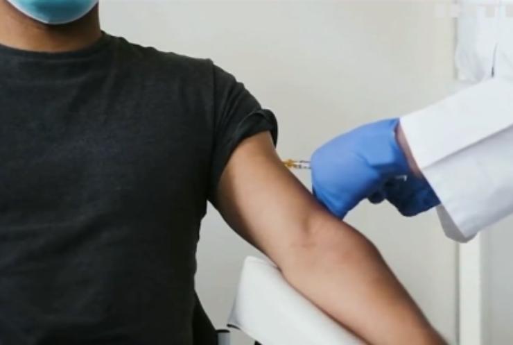 Вакцина від COVID-19: у Норвегії літні люди загинули після щеплення