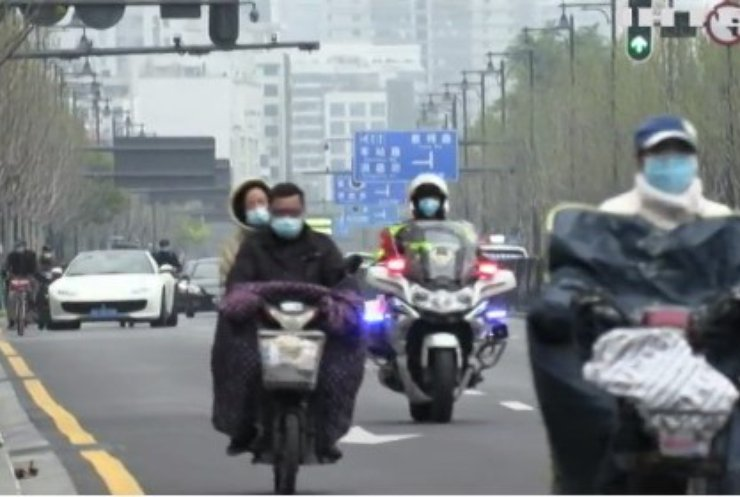 Мери китайських міст платитимуть за дотримання карантину на Новий рік