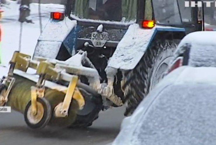 Снігопад у Києві: як жителі реагують на погодні зміни?