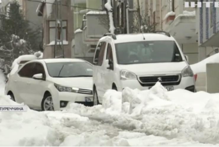 Турцію накрив потужний снігопад