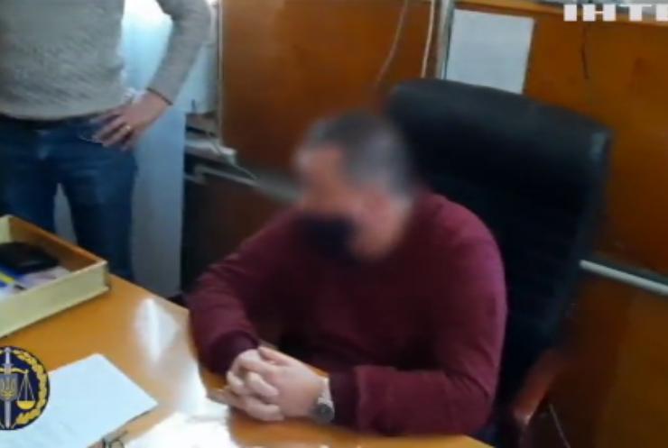 У Кропивницькому чиновника зловили на хабарі