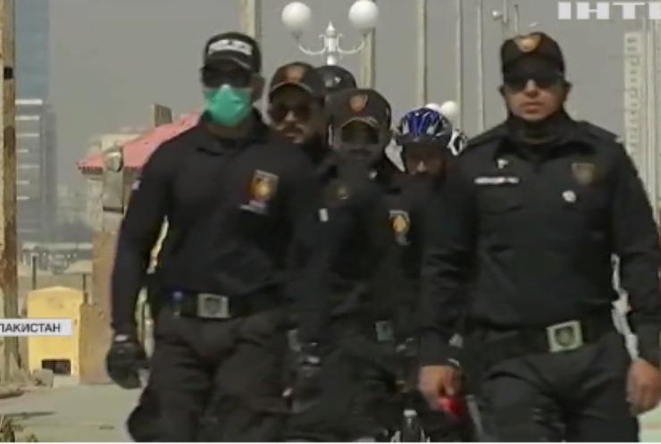 Поліція у роликових ковзанах: чому у Пакистані вдалися до такого експерименту?