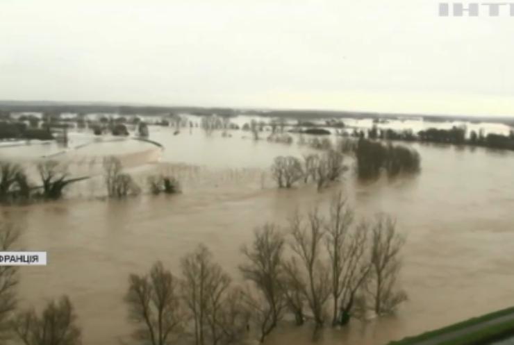 Південь Франції накрила повінь