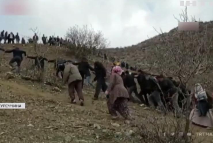 Катастрофа у Туреччині: автобус упав у трьохсотметрову прірву
