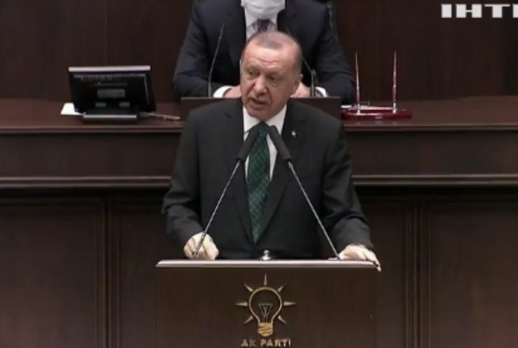 Президент Туреччини пообіцяв відновити свободу слова
