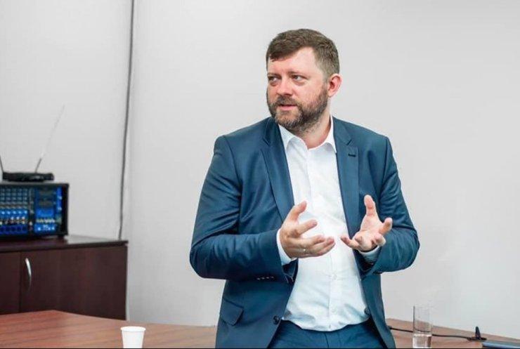 """""""Україна не сама в цій халепі"""": у """"Слузі народу"""" розповіли подробиці про ситуацію на Донбасі"""