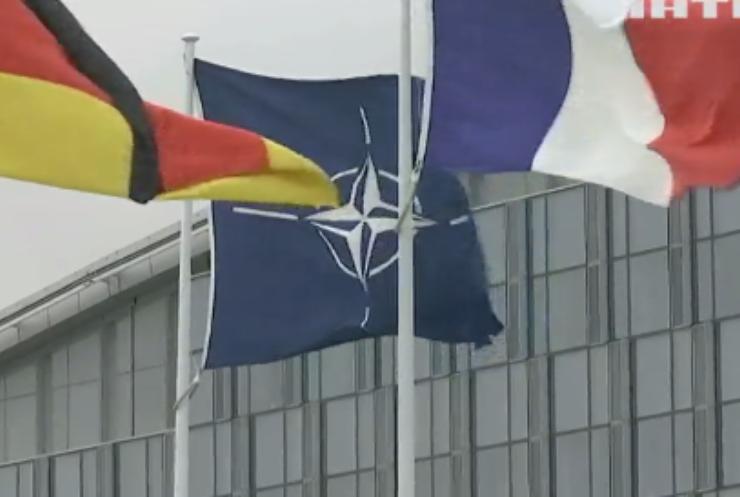 Посли країн НАТО обговорили загострення на Донбасі