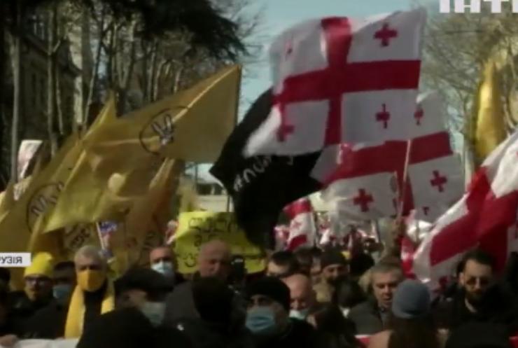 У Грузії ухвалили план виходу з політичної кризи