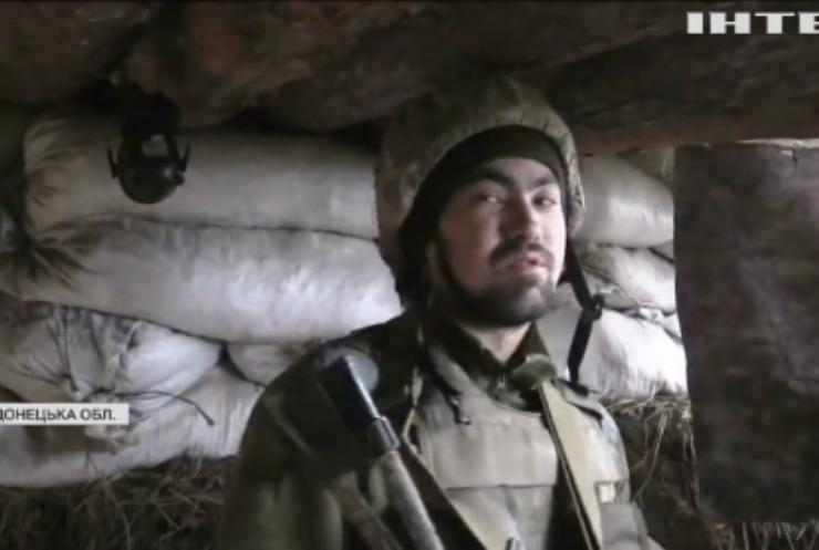 На фронті бойовики продовжують закидувати українські позиції мінами