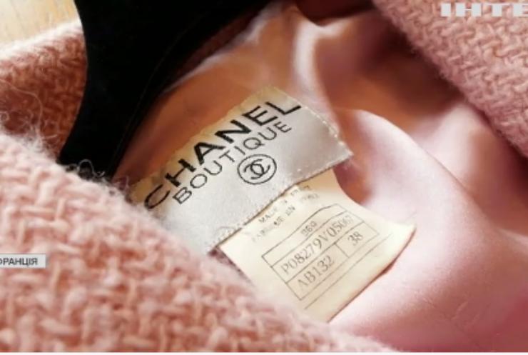 У Франції попри пандемію зростають продажі брендового одягу